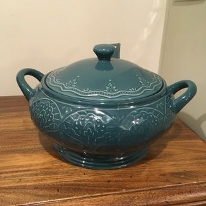 Brand NEW Farmhouse Lace Ocean Teal soup tureen